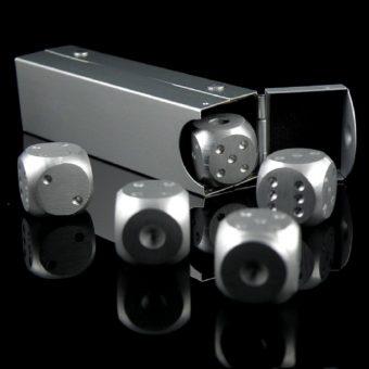 Lucky 7's Silver Dice