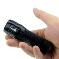 1pcs-lanterna-High-quality-brand-Portable-led-flashlight-3xAAA-battery-tactical-lantern-torch-cree-penlight-free_4